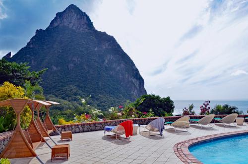 Best Honeymoon Hotels in St. Lucia